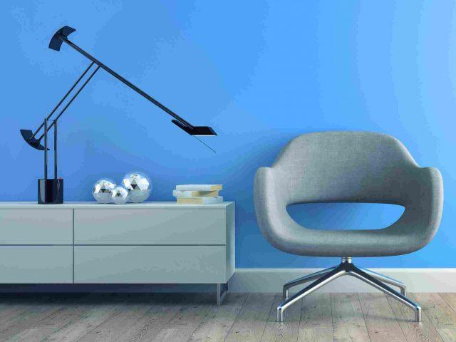 https://hemeds.com/wp-content/uploads/2017/05/image-chair-blue-wall-640x480.jpg
